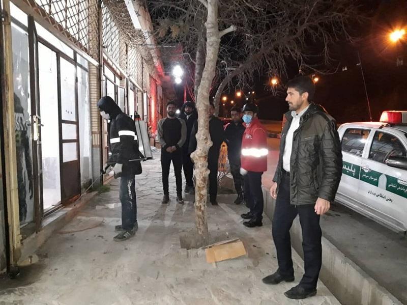 عملیات ضد عفونی معابر عمومی شهر مزداوندبرای مقابله با ویروس کرونا