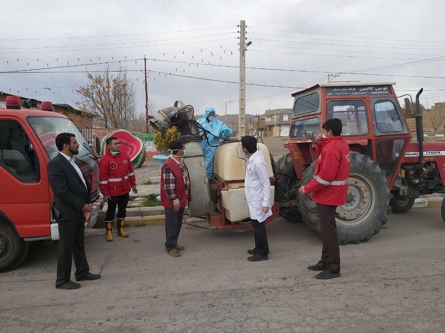عملیات ضد عفونی اماکن ومعابر عمومی شهر مزداوند برای مقابله با ویروس کرونا
